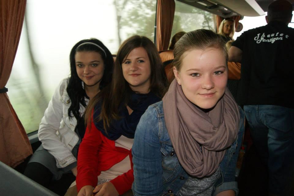 Theaterausflug 2013 - Busfahrt - Nachwuchs - St.Pantaleon